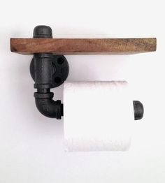Reclaimed-wood-and-pipe-toilet-paper-holder-1427230071