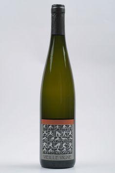 Die Domaine Rietsch erzeugt auf natürlichste Art und Weine tolle trockene Weine mit Charakter. Schöne Etiketten, schöner Inhalt, Prost!