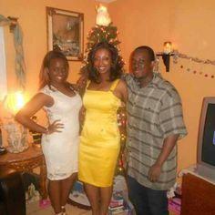 I pray my mommy wins, she deserves it - @itstoushiebabyy. Great yellow Cache dress flashback!!