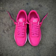 "Nike Air Pegasus 83 Wmns ""Vivid Pink"" Price: 8490 - Size Wmns. (Spain Envíos Gratis a Partir de 75) http://ift.tt/1iZuQ2v  #loversneakers #sneakerheads #sneakers  #kicks #zapatillas #kicksonfire #kickstagram #sneakerfreaker #nicekicks #thesneakersbox  #snkrfrkr #sneakercollector #shoeporn #igsneskercommunity #sneakernews #solecollector #wdywt #womft #sneakeraddict #kotd #smyfh #hypebeast #nike #nikeair #nikepegasus"