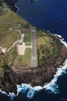 Saba Airport - This is the worlds' smallest commercial runway at just 1150ft. It Doesn't Get Any More Extreme Than This.