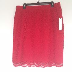 Lace Pencil skirt Adorable lace skirt! Very comfortable.  I'm 5'10 and it fits to about my knee Elle Skirts Pencil