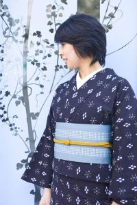 久留米絣に博多帯 Kurume-kasuri(kimono with splashed pattern) and Hakata sash