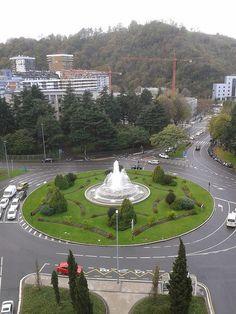 Plaza Pio XII,San Sebastian (Guipuzcoa) by maryrob2, via Flickr