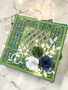 Embossing Folder, Craft Stores, Easy Crafts, Decorative Boxes, English, Boutique, Frame, Projects, Cards