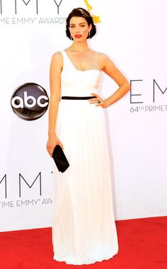 Jessica Pare in retro red lipstick + hair // zou bisou bisou . . . #emmys