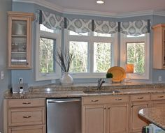 Bay Window Valance Design Ideas, Pictures, Remodel, and Decor - page 3 Farmhouse Kitchen Curtains, Kitchen Window Valances, Bay Window Curtains, Home Decor Kitchen, Country Kitchen, New Kitchen, Blinds Curtains, Awesome Kitchen, Kitchen Sink