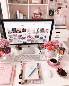 Office decor and home office inspiration Home Office Space, Home Office Design, Home Office Decor, Office Style, Work Desk Decor, Office Desk Decorations, Design Desk, Desk Space, Office Workspace