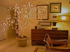 Branch Christmas tree created by houzz.com user Macbeldesigngroup