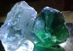 Atjeh Natural Glass