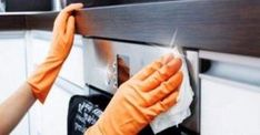 Clean microwave and oven. Oven Cleaning Hacks, Car Cleaning, Spring Cleaning, Office Cleaning, Daily Cleaning, Kitchen Cleaning, Cleaning Checklist, Cleaning Services, Deep Cleaning