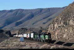 RailPictures.Net Photo: FURX 8106 First Union Rail (FURX) EMD SD40-2 at Towal, Washington by Indecline