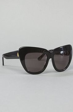 House of Harlow 1960 The Chelsea Sunglasses in Black,Sunglasses for Women