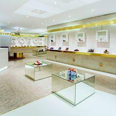 Ratinho shoe shop design by @nayraiglesias @inoutstudio #inoutarchitects www.inoutstudio.com