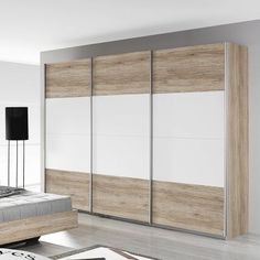 Armoire à portes coulissantes Bustas Wooden Wardrobe, Bedroom Cupboard Designs, Bedroom Bed Design, Bedroom Design, Sliding Door Wardrobe Designs, Wardrobe Systems, Kitchen Furniture Design, Bedroom Furniture Design, Wardrobe Door Designs