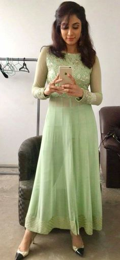 Wedding simple dress casual outfit 39 ideas - Mom Dress Casual - ideas of Mom Dress Casual - Wedding simple dress casual outfit 39 ideas Simple Dress Casual, Casual Dress Outfits, Simple Dresses, Churidar Designs, Kurta Designs Women, Indian Gowns Dresses, Indian Outfits, Blush Dresses, Indian Attire