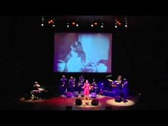 Judit Neddermann canta 'Coses de la providència' We The People, Dancer, Musica, Hipster Stuff