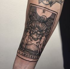 I love the look of this tattoo, but probably wouldn't do a tarot card...
