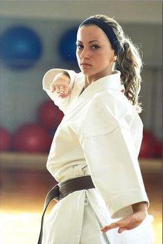 Alžběta Ovečková Martial Arts Clothing, Martial Arts Styles, Martial Arts Women, Art Clothing, Female Martial Artists, Karate Girl, Hapkido, Gym, Taekwondo