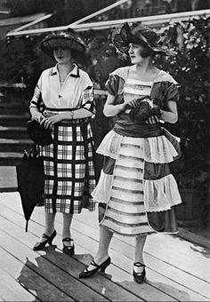 Toilette vue aux courses, 1920
