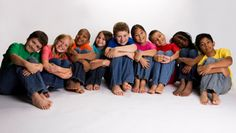 El maltrato infantil es un importante problema de salud pública en los Estados Unidos. Conforme a las agencias de Servicios de Protección Infantil, más de 676,000 niños fueron víctimas de maltrato en el 2011. Otros 1,545 niños murieron a causa de la violencia ese año. Los costos económicos para las víctimas y la sociedad son significativos. Según un estudio reciente de los CDC se calculó que el costo económico total de por vida de los casos confirmados de maltrato infantil en un solo año es…