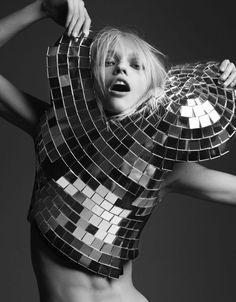 Sasha Pivovarova - Inspiration for Photography Midwest | photographymidwest.com | #photographymidwest
