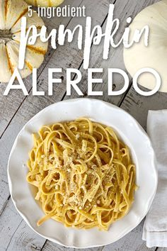 5 Ingredient Pumpkin Alfredo It's fall and it's time for this quick and easy dinner. Make sure to save this pumpkin alfredo pasta recipe. You can have it ready in 15 minutes! Quick Dinner Recipes, Lunch Recipes, Pasta Recipes, Healthy Recipes, Delicious Recipes, Pumpkin Dishes, Pumpkin Recipes, Fall Recipes, Pumpkin Alfredo Recipe