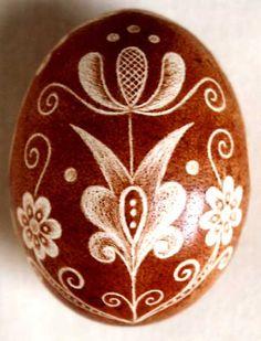 Karcolt tojás - Scratch-carved egg (56)