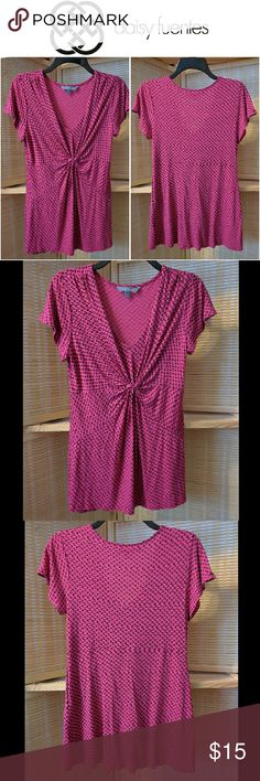 Cute Pink & Black Gathered Top This Daisy Fuentes top in the color Begonia Combo is excellent for casual, a night out, or business. Daisy Fuentes Tops Blouses