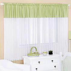 A Cortina Infantil Verde Claro -  2,00m x 1,60m - Para Varão Simples é a peça que faltava na decoração do quarto do pequeno. Trabalhada em cores suaves, deixará o ambiente mais agradável e aconchegante principalmente na hora da soneca. Aproveite a dica!