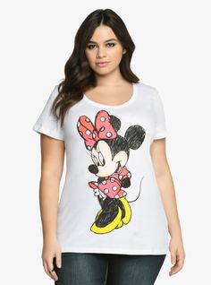 Disney Minnie Mouse Tee From the Plus Size Fashion Community at www.VintageandCurvy.com
