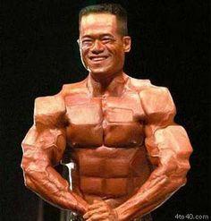 photoshopped-bodybuilder