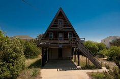 Sea Loft is the place to be any time of year in Sandbridge. It is a perfect cottage for a smaller group, offering a great view of the ocean from the deck or the large windows. You will love the ocean ...