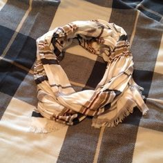 Timeless scarf from Nordstrom In brand new perfect condition. Just a tiny pull that can't be seen while worn. Reasonable offers accepted. Feel free to ask any questions. Would love to bundle. I purchased this at Nordstrom's it's not Kate spade kate spade Accessories Scarves & Wraps