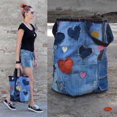 recy riflový koš, džínová nákupní taška - srdce Quilted Handbags, Quilted Bag, Amo Jeans, Diy Bags Purses, Denim Tote Bags, Jeans Fabric, Denim Crafts, Creation Couture, Boho Bags