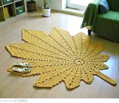 Flying carpets: Leafy rugs for the hallway Filet Crochet, Crochet Diagram, Crochet Doily Patterns, Crochet Doilies, Crochet Carpet, Crochet Home Decor, Crochet World, Modern Crochet, Crochet Tablecloth