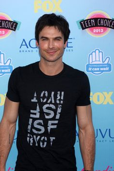 VIDEO: Ian Somerhalder sizzles posing with his adorable cat