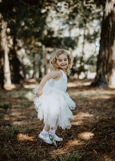 Wix Pro Gallery Maternity Photography, Family Photography, Body M, Sans Serif, Jade, Flower Girl Dresses, Gallery, Wedding Dresses, Fashion