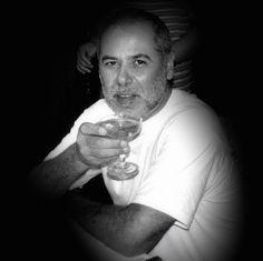 Por medio de esta carta Superior General recuerda el misionero fallecido en Oceanía, P. RAÚL EDUARDO CASTRO VIDELA, CM, quien ha partido a la Misión del Cielo el día 21 de octubre de 2015 en el Hospital Honiara de Isla Salomón #GospelJoyCM #MisionesVicentinas #RIP http://gospel-joy.org/?p=388&lang=es