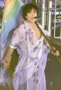 この画像は「【NEWS】ライブツアー「NEVERLAND(ネバーランド)」闇写まとめ☆メンバー別【閲覧注意】」のまとめの87枚目の画像です Neverland, Costume, Live, Fancy Dress, Costumes