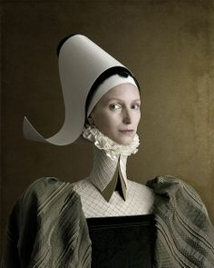 This Renaissance portrait is part of photo project called created by Swiss/Italian photographer Christian Tagliavini. Portrait Renaissance, Renaissance Paintings, Renaissance Art, Italian Renaissance, Fine Art Photography, Portrait Photography, Fashion Photography, Javier Marin, Foto Portrait