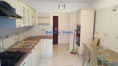 Vanzare apartament 3 camere decomandat 80 mp zona Grivitei Brasov