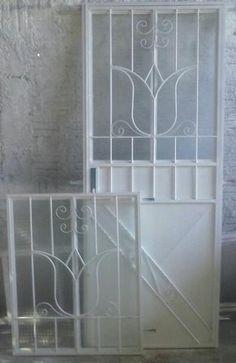 Iron Door Design, Diy Tools Metal, Grill Door Design, Iron Gate, Bedroom Door Design, Door Design Interior, Door Gate, Iron Decor, Iron Gate Design