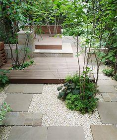 Area at back of garden Atrium Garden, Outdoor Garden Rooms, Small Courtyard Gardens, Back Gardens, Small Gardens, Japanese Garden Design, Gravel Garden, Garden Deco, Exterior