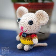 koko amigurumi mouse.