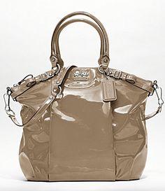 coach bag.... gorgeous! 1!