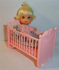 Little Kiddles Dolls http://www.vintagelane.com/images/liddle%20diddle%20baby%20kiddles%20mattel%20vintage%20doll%20crib.jpg