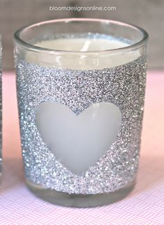 DIY: Glittered Votives What a great idea for little hostess gifts for different times of the year or just in general! maybe with different colored candles Valentine Day Crafts, Valentine Decorations, Holiday Crafts, Jar Crafts, Diy And Crafts, Deco Table Noel, Glitter Glasses, Glitter Crafts, Diy Candles