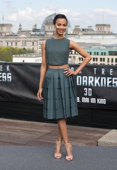 Zoe Saldana en Calvin Klein Collection