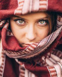 Martha Vargas Eyes